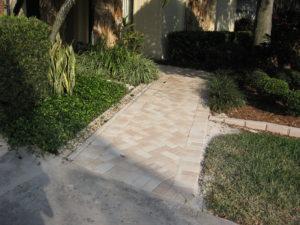 Tampa Homeowners Choose Pavers